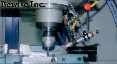 刀具切削於CNC車床夾爪的夾持長度該如何計算決定之?
